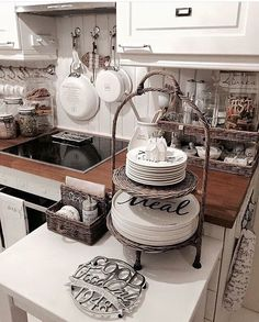 From my kitchen♡ Cozinha Shabby Chic, Shabby Chic Kitchen, Country Kitchen, Kitchen Interior, Kitchen Decor, Rivera Maison, Kitchen Banquette, Kitchen On A Budget, Inspired Homes