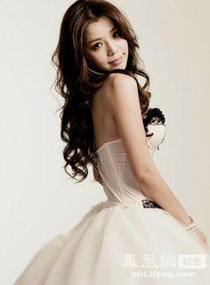點擊瀏覽下一張>>li yu fen tia li's dress ~
