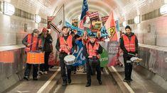 Neuigkeit:  http://ift.tt/2DHYuPU Streik-Drohungen: IG Metall bricht Tarifverhandlungen ab #nachrichten