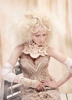 I am the Queen - Amato Haute Couture