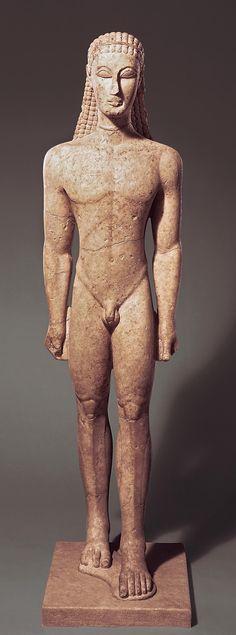 Ancient Greek Art. Kouros, periodo arcaico.  Art Experience NYC  www.artexperiencenyc.com/social_login/?utm_source=pinterest_medium=pins_content=pinterest_pins_campaign=pinterest_initial