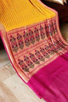 Wow.. Kora Silk Sarees, Indian Silk Sarees, Kanjivaram Sarees, Kanchipuram Saree, Indian Beauty Saree, Wedding Silk Saree, Chiffon Saree, Indian Colours, Indian Dresses