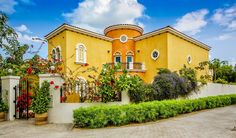 The finest amongst the Dubailand Villas available at www.luxurysqft.com