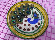 Discover pretty aarti thali decoration ideas for Janmashtami. Try making them during aarti thali competitions or for doing Krishna Janmashtami pooja at home Arti Thali Decoration, Ganpati Decoration At Home, Diwali Decorations At Home, Home Wedding Decorations, Name Plate Design, Janmashtami Decoration, Acrylic Rangoli, Diwali Diy, Wedding Plates