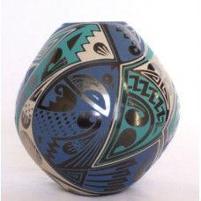 Cesar Navarrete Fine Mata Ortiz Pottery