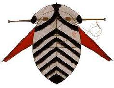 Image result for japanese kite Box Kite, Kite Making, Groot, Kites, Ethereal, Art Ideas, Japanese, Texture, Lifestyle