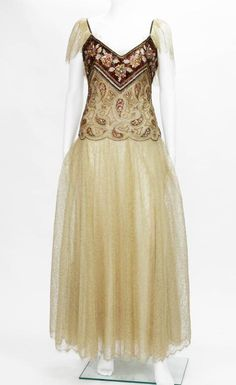 Automne-Hiver 1980 Christian Dior Paris Numbered Lace Gown with Scarf