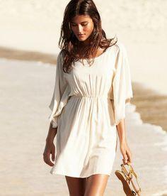 white flowly dress- so pretty :D