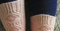 Järjestyksessään 11. Sock Madness -sukkakisa on saatu päätökseen. Ja arvatkaas, minä sinnittelin kisassa mukana aina finaalikierrokselle sa...