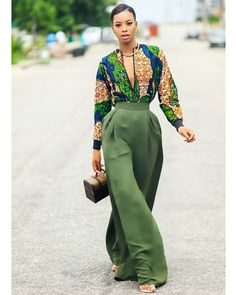 13 ways to style African Tops Hey guys, hope you had a wonderful weekend and looking forward to Christmas. I know, I am 🙂 So here is another fashion post on how to style African prints aka Ankara styles, featuring me and some of your faves. African Fashion Ankara, Ghanaian Fashion, African Inspired Fashion, African Print Fashion, Africa Fashion, African Tops, African Dresses For Women, African Print Dresses, African Attire