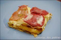 Misto de batata frita no forno  http://ratatuidospobres.blogspot.pt/2014/01/misto-de-batata-frita-no-forno.html