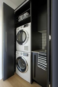 10 Resolute Clever Hacks: Industrial Home Chic industrial restaurant counter. Laundry In Kitchen, Laundry Cupboard, Small Laundry, Laundry In Bathroom, Hidden Laundry Rooms, Laundry Storage, Industrial Cafe, Industrial Restaurant, Industrial Furniture
