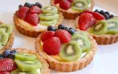 Ταρτάκια με κρέμα και φρούτα - http://www.daily-news.gr/cuisine/tartakia-krema-kai-frouta/