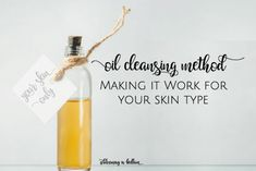 If you are a green beauty lover, but don't know how to make it work for you, I've got tips on the oil cleansing method by your skin type including dry skin, oily skin, acne, wrinkles and seasonal changes. Plus the recipe I use for dry skin & hormonal acne! #oilcleansingmethod #nontoxicskincare #naturalskincare #greenbeauty #essentialoils #diyskincare #greenbeautyproducts