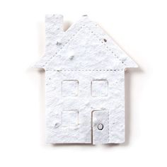 House 4 – (2.4″ x 2.9″) Just move? Throw a house warming party and send this mini seed paper house shape!