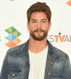 Spanish Actor from Spain. Luis Fernandez, Latino Men, Beard No Mustache, Famous Men, Good Movies, Male Models, Actors & Actresses, Sexy Men, Hot Guys