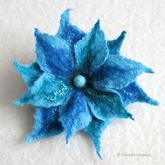 """Filzblume """"Blaue Fantasie"""", by Helena Hermann"""