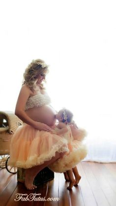 Maternity photo prop by FabTutus - luscious pettiskirt in your choice of color on Etsy, $90.00