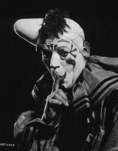 Lon Chaney Laugh, Clown, Laugh (1928)