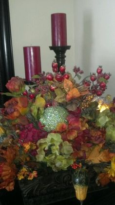 Fall flower arrangement (backside) Spring Flower Arrangements, Candle Arrangements, Floral Arrangements, Fall Decorations, Flower Ideas, Spring Flowers, Food Art, Harvest, Florals