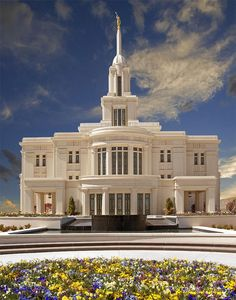 The beautiful new Payson temple! #lds #temple This is an exceptionally beautiful temple.  My father's boyhood home, Payson.