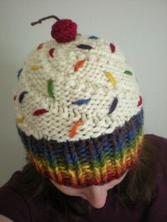 Rainbow Cupcake Hat...it's so cute !! can someone make it for me >-