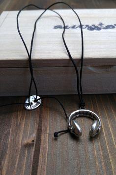 Ανδρικό κολιέ 'God is a Dj' Men Necklace, Dj, Headphones, Necklaces, Ear Phones, Chain, Wedding Necklaces