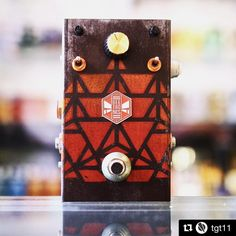Super cool pic 📷of the OverHive Triangular Custom Collection - now available at @tgt11 in Stockholm, Sweden 🇸🇪 💥🐝#Repost @tgt11 (@get_repost)  ・・・  Bee yourself with the Beetronics Overhive Triangular special edition! There can only bee one 🐝  **********************  #tgt11sthlm #tgt11 #guitargearonelouder #boutiqueguitar #boutiquepedals #gearwire #geartalk #gearybusey #guitarpedal #tonefordays #knowyourtone #toneheaven #gottone #gearaholics #guitarsarebetter #toneculture  #gearshots…