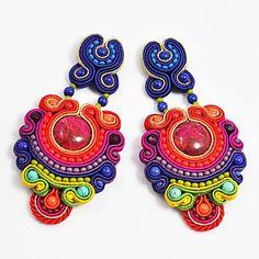 Jewelry Crafts, Jewelry Art, Jewelry Design, Jewlery, Handmade Necklaces, Handmade Jewelry, Unique Jewelry, Soutache Necklace, Polymer Clay Charms