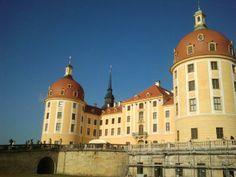 Drei Haselnüsse für Aschenbrödel-Ausstellung auf Schloss Moritzburg...was gibt es romantischeres =) ♡♥♡