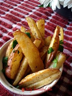 Spicy baked garlic fries