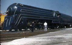 B & 0 Baltimore & Ohio Royal Blue 5304 Railroad Bullet train photo ~ BFD Baltimore And Ohio Railroad, Train Posters, Rail Transport, Railroad Photography, Train Art, Old Trains, Train Pictures, Train Engines, Train Layouts