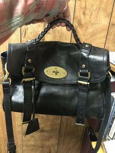 4cab1c47c7b1 Authentic Mulberry Alexa Black Leather Medium Messenger Handbag  **REDUCED!!** Mulberry