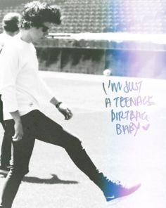 Teenage Dirtbag~One Direction Happy Girls, Happy Women, Harry Edward Styles, Harry Styles, One Direction Edits, Niall And Harry, Teenage Dirtbag, First Love, My Love