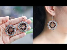 Simple and easy to make beaded earrings for beginner with seed beads & bicones. Beaded Earrings Patterns, Seed Bead Earrings, Diy Earrings, Seed Beads, Beaded Necklace, Bead Patterns, Hama Beads, Earring Tutorial, Friendship Bracelet Patterns