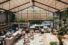 Eat All World: Three Buns Burger and Heads Jakarta Coffee Shop Design, Cafe Design, Cafe Interior, Interior Exterior, Greenhouse Cafe, Loft Cafe, Food Park, Warehouse Design, Casas Containers