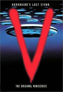 V is a science fiction mini series created by Kenneth Johnson which was aired for the first time in 80 Tv Shows, Sci Fi Shows, Great Tv Shows, Movies And Tv Shows, Sci Fi Tv, Sci Fi Movies, Good Movies, Fiction Movies, Robert Englund
