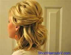 Pretty updo for short hair