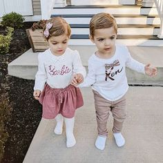 This post has the best list of twin Halloween costumes. You'll get so many ideas for infants, babies, toddlers, boys, girls, and boy girl twins. They are funny, unique, simple, and cute. These twins are dressed up as Barbie and Ken. #twins #halloweencostumes