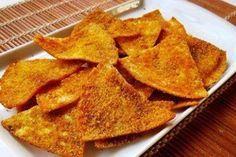 pão sírio tamanho mini (1 pacote)  - azeite extra virgem  - colorau  - açafrão da terra  - sal  - curry  - pimenta do reino (opcional)  - orégano (opcional)