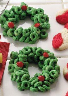 Cheerios Cereal Holly Wreaths