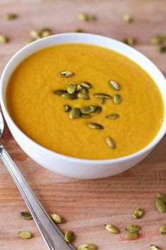 Autumn squash soup is one of my favorite soups at Panera. This is a copycat Panera autumn squash soup recipe and while it is not exact it is delicious, creamy & full of fall flavors. Panera autumn squash soup recipe will be a fall favorite each year. Copycat Recipes, Crockpot Recipes, Soup Recipes, Cooking Recipes, Easy Recipes, Meatless Recipes, Healthy Recipes, Freezer Cooking, Healthy Foods