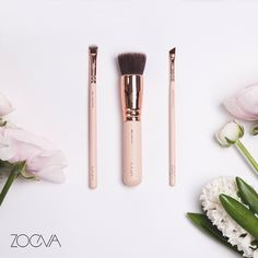 Spring arrived at our office today. Enjoy the first sun rays and our Rose Golden Vol. 2 brushes for a fairytale beautiful makeup.  www.zoeva.de