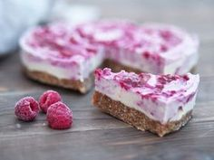 Raw cheesecake med hallon (mjölkfri, vegan, glutenfri) - ceciliafolkesson.se – Naturlig mat & Hälsa