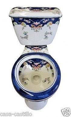Mexican toilet with traditional pattern. This WC design was fabricated in cobalt, green and yellow colors fabricated on white background. Bathroom Toilets, Bathroom Fixtures, Cool Toilets, Victorian Toilet, Bidet, Talavera Pottery, Chic Bathrooms, Beautiful Bathrooms, Room Decor Bedroom