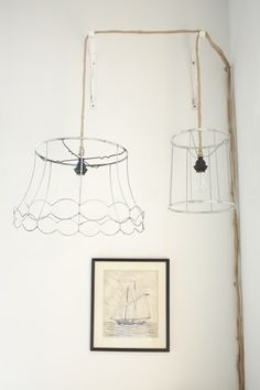 Awesome lampshade skeleton ceiling lamps (projects, crafts, DIY, do it yourself, interior design, home decor, fun, creative, uses, use, ideas, inspiration, 3R's, reduce, reuse, recycle, used, upcycle, repurpose, handmade, homemade, outline, hanging, frame, chandelier)