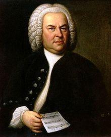 J.S Bach en 1746, portrait par Elias Gottlob Haussmann (1702-1766)- Au château de Celle, près de Lüneburg, le jeune Bach découvre la musique française en écoutant 'orchestre en partie français du duc George Wilhem. En 1703, il est engagé comme violoniste à la cour de Weimar et continue à travailler le clavecin et l'orgue; ses 1° compositions datent de ce temps.