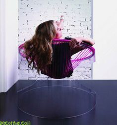 Bounce Chair by Genny Ganatra, molds to your body Silkchair - See more at: http://decorthis.com/10-impressive-string-easy-chair-shapes-coming-from-inspired-creative-designers/#sthash.ccSCLOR9.dpuf