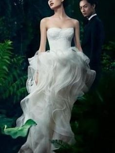 Vera Wang Katarina Size 4 Wedding Dress – OnceWed.com
