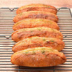 Hard Bread, Scones, Asian Recipes, Banana Bread, Bakery, Japanese Desserts, Homemade, Breads, Food